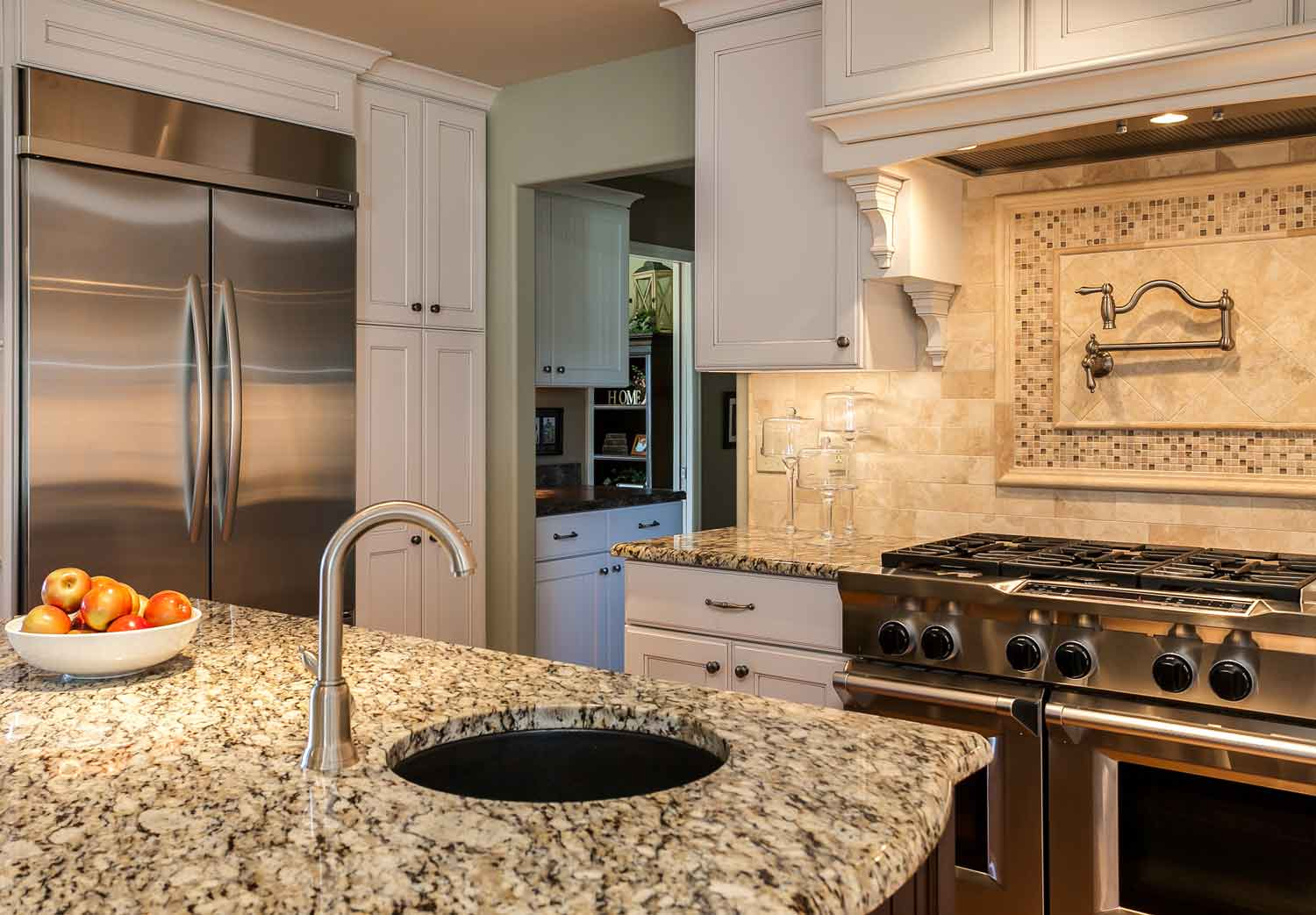Kitchen Remodeling Denver Co Denver Home Renovation Turns Small Rooms To Inviting Kitchen