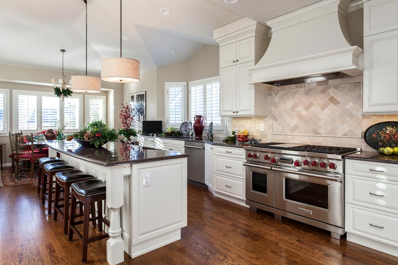 White Traditional Kitchen Remodel Greenwood Village Colorado