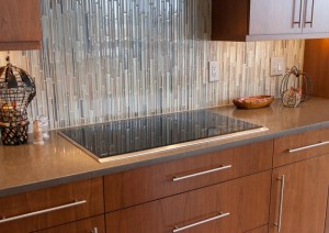 gorgeous waterfall glass tile backsplash