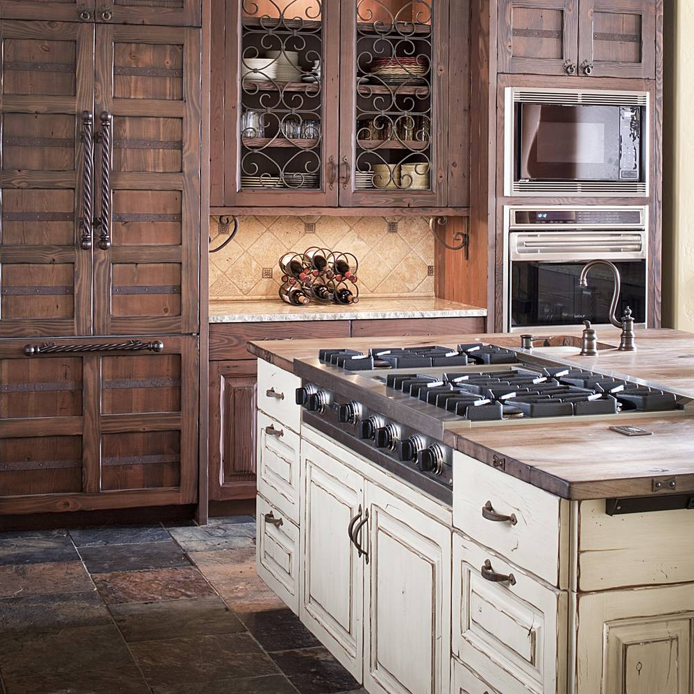 Colorado rustic kitchen gallery jm kitchen denver for Distressed kitchen cabinets