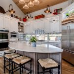 White Traditional Kitchen Glengarry Preister