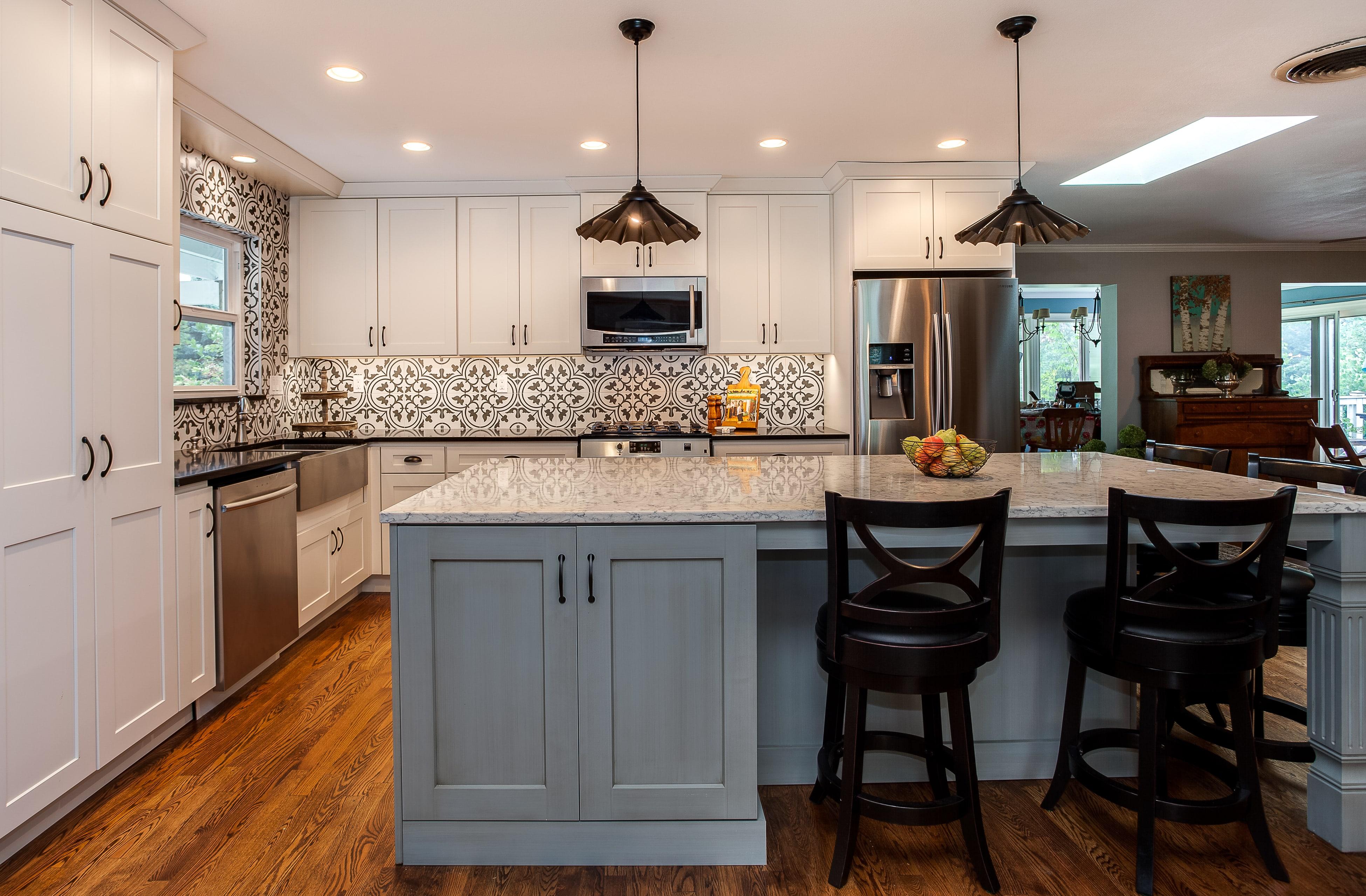 White cabinet kitchen with grey tile backsplash