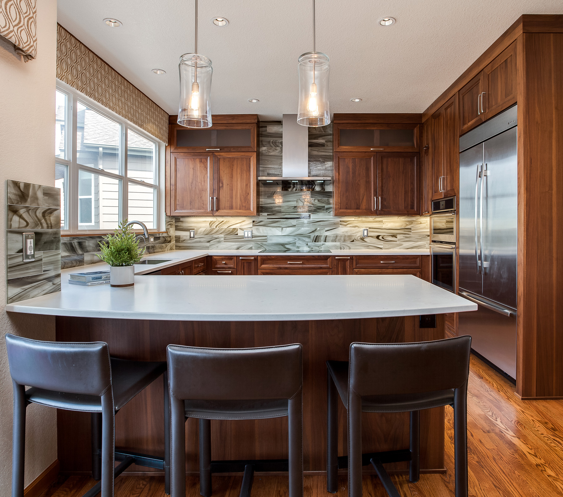 Remodeled Kitchens With White Cabinets: Beautiful Transitional Modern Kitchen Remodel