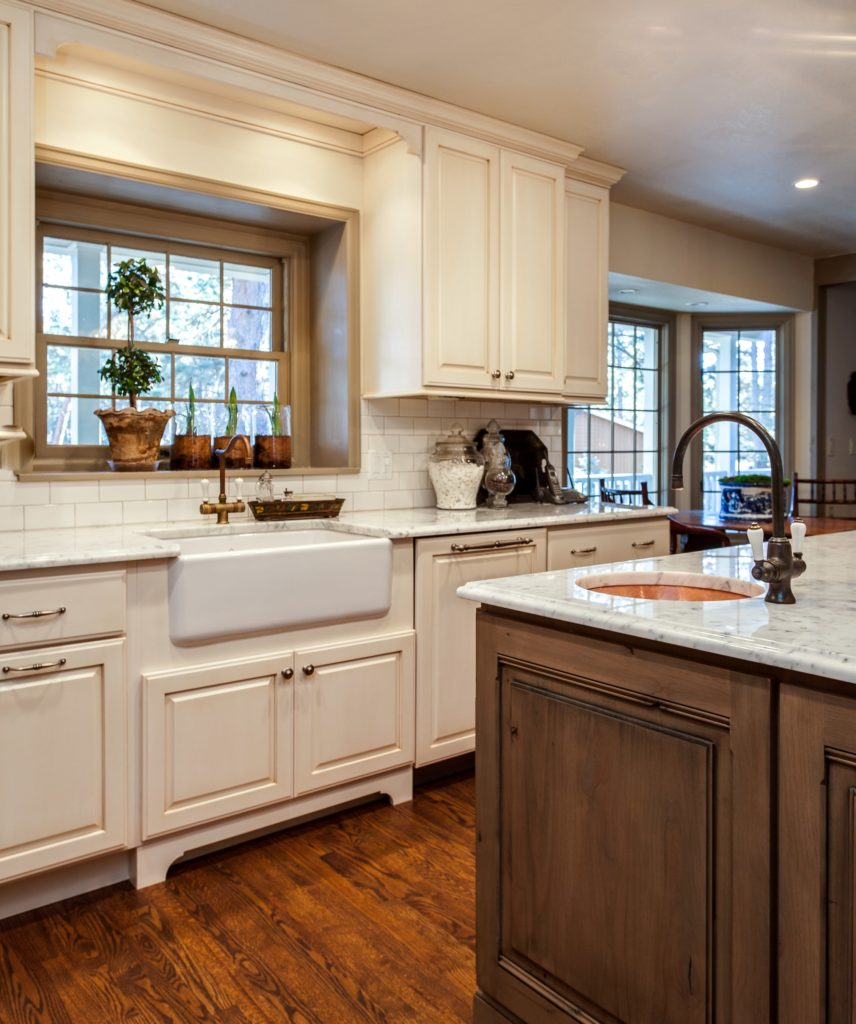 White Kitchen Cabinets Maintenance