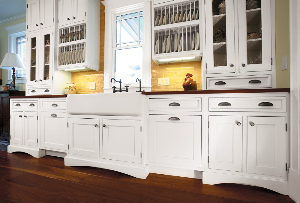 White Shaker Style Kitchen Cabinets Photo